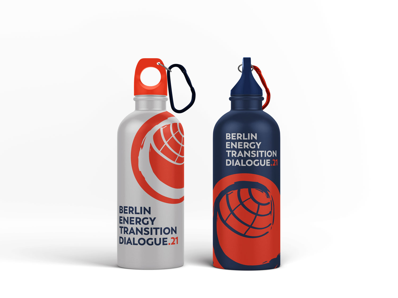 Buero Hinterland Berlin Eventbranding bottle